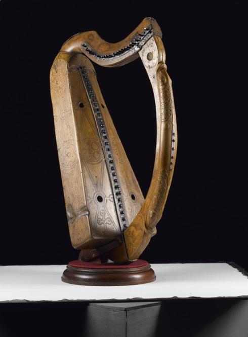 Queen Mary's Harp